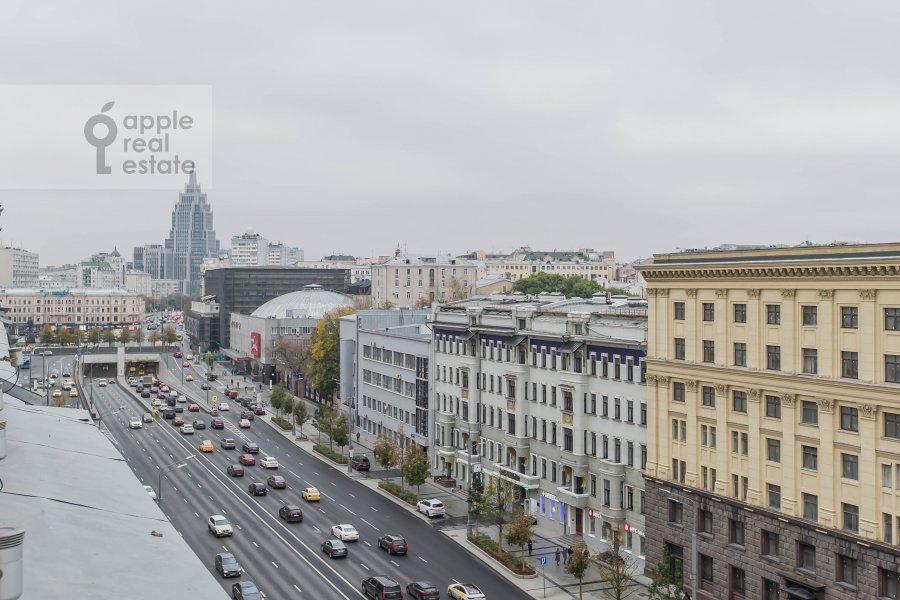View from the window of the 3-room apartment at Bol'shaya Sadovaya ulitsa 3s1