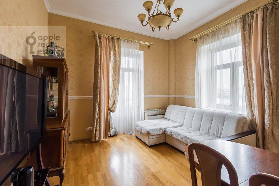 Living room of the 3-room apartment at Bol'shaya Sadovaya ulitsa 3s1