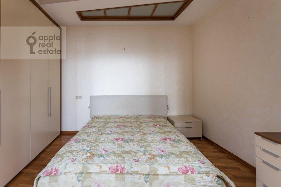 Bedroom of the 2-room apartment at Akademika Anokhina 2k2
