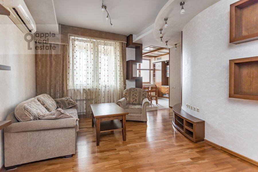 Living room of the 2-room apartment at Akademika Anokhina 2k2