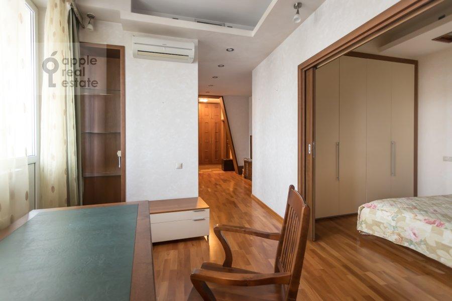 Children's room / Cabinet of the 2-room apartment at Akademika Anokhina 2k2