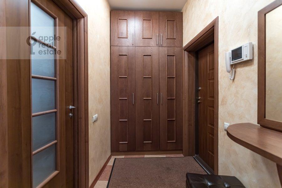 Corridor of the 2-room apartment at Akademika Anokhina 2k2