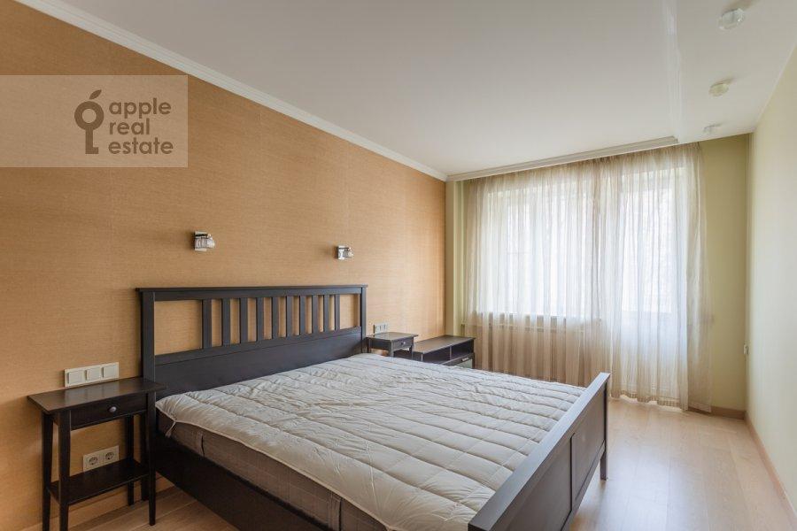Спальня в 3-комнатной квартире по адресу Воротниковский переулок 2/11