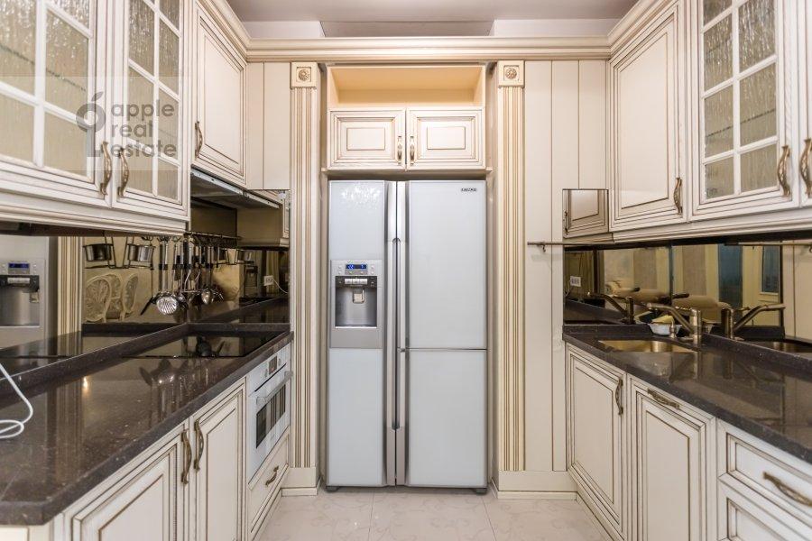 Кухня в 3-комнатной квартире по адресу Кочновский проезд 4