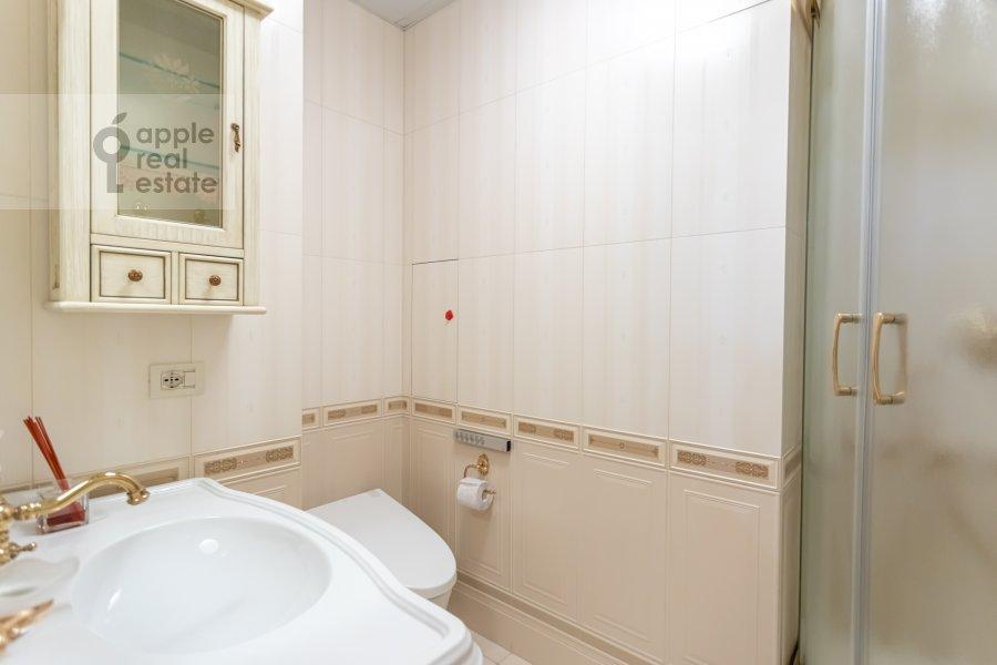 Санузел в 3-комнатной квартире по адресу Кочновский проезд 4