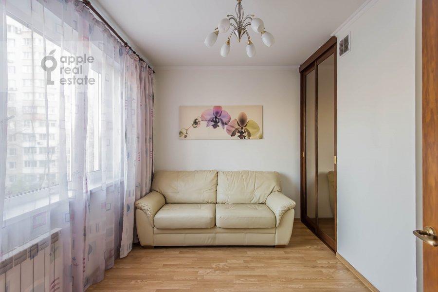 Детская комната / Кабинет в 4-комнатной квартире по адресу Талалихина 1к3