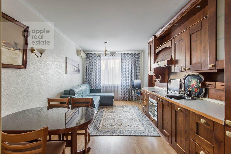 Гостиная в 4-комнатной квартире по адресу Талалихина 1к3