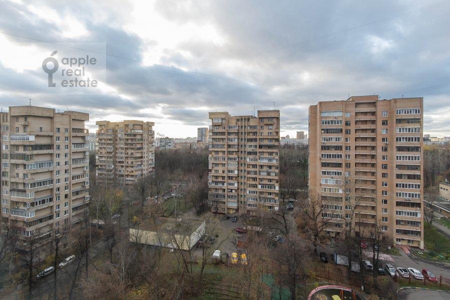 Вид из окна в 4-комнатной квартире по адресу Вересаева 6