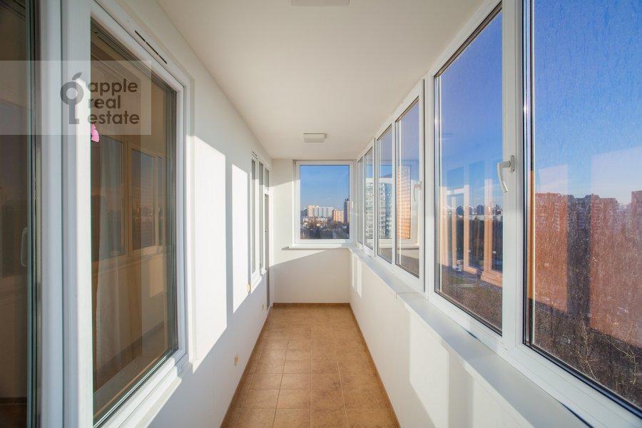 Балкон / Терраса / Лоджия в 4-комнатной квартире по адресу Можайское ш 6