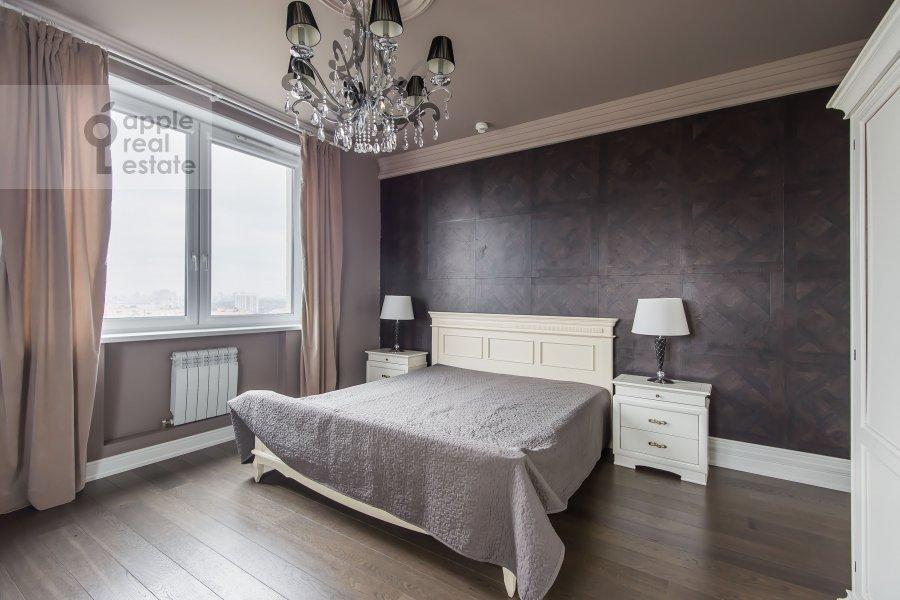 Спальня в 4-комнатной квартире по адресу Расплетина 21