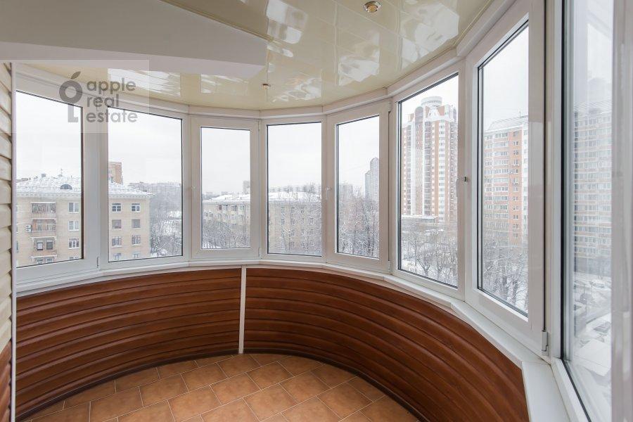Балкон / Терраса / Лоджия в 3-комнатной квартире по адресу Ватутина 9