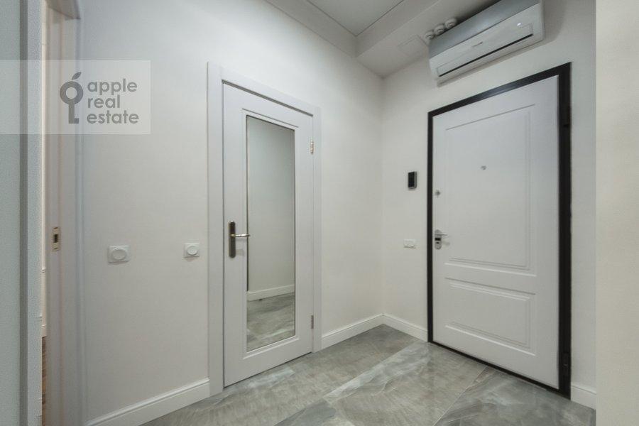 Коридор в 3-комнатной квартире по адресу Ленинградский проспект 29к4