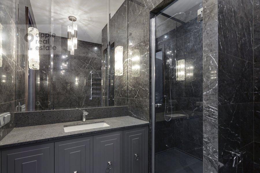 Bathroom of the 2-room apartment at Aviakonstruktora Sukhogo 2k1