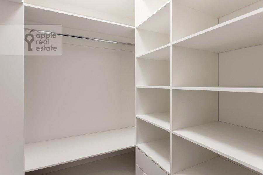 Walk-in closet / Laundry room / Storage room of the 2-room apartment at Aviakonstruktora Sukhogo 2k1
