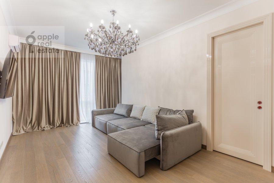Living room of the 2-room apartment at Nezhinskaya ulitsa 1k3