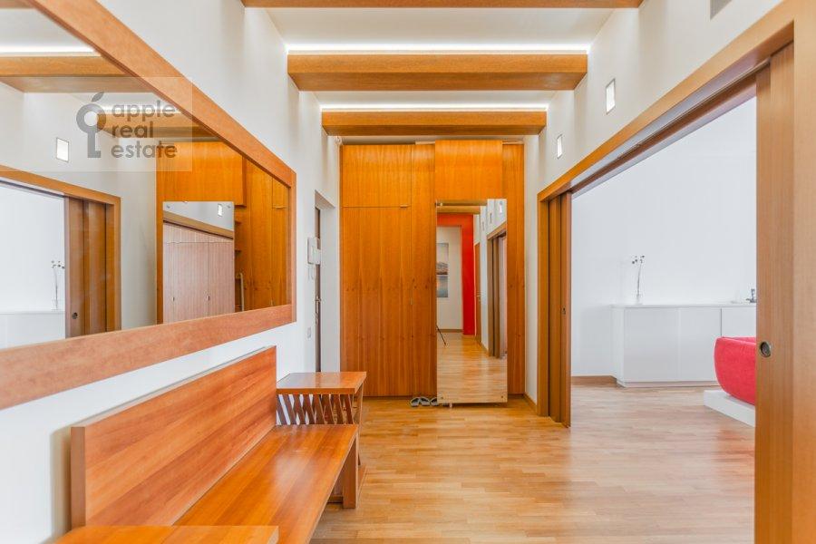 Corridor of the 2-room apartment at Grokhol'skiy pereulok 28