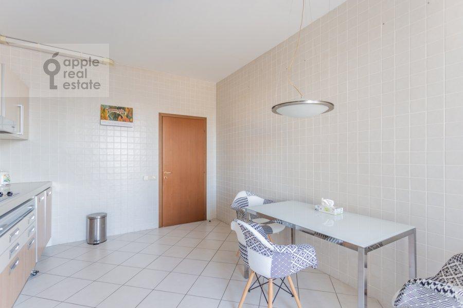 Kitchen of the 2-room apartment at Grokhol'skiy pereulok 28