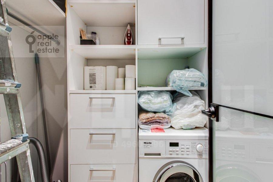 Walk-in closet / Laundry room / Storage room of the 3-room apartment at Bol'shaya Gruzinskaya ulitsa 69