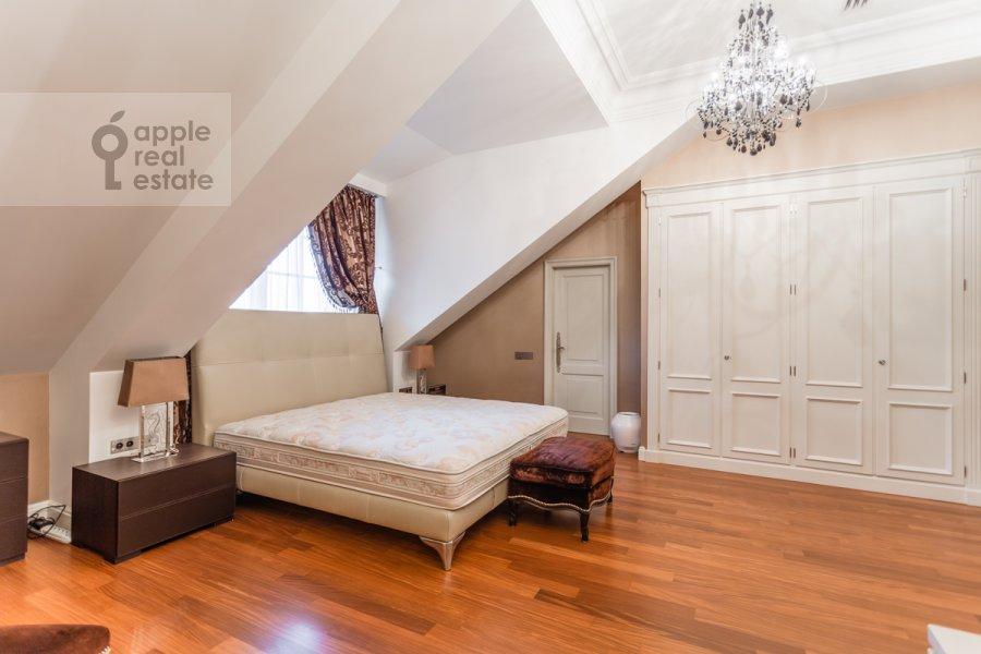 Спальня в 3-комнатной квартире по адресу 2-й Казачий переулок 4с1