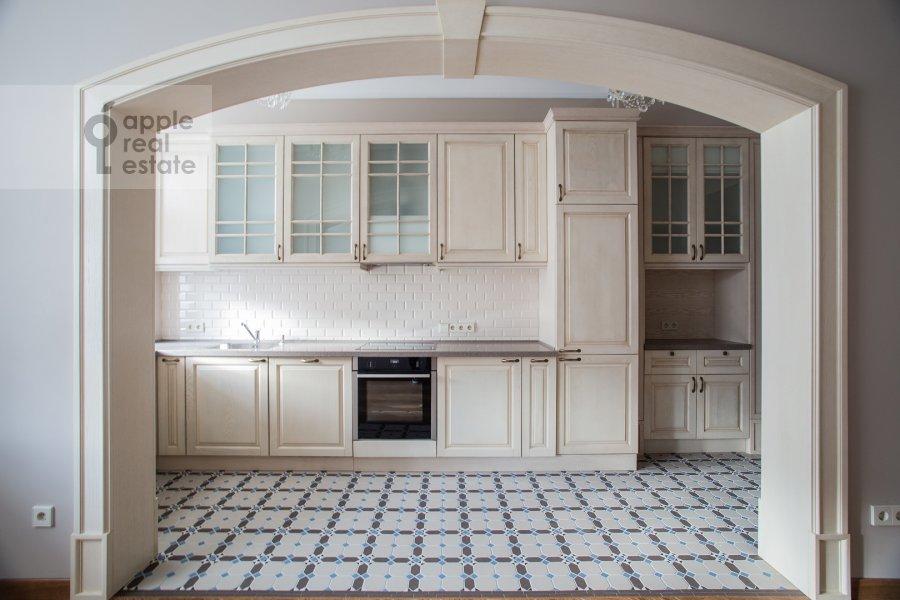 Kitchen of the 3-room apartment at Gusyatnikov pereulok 4S4