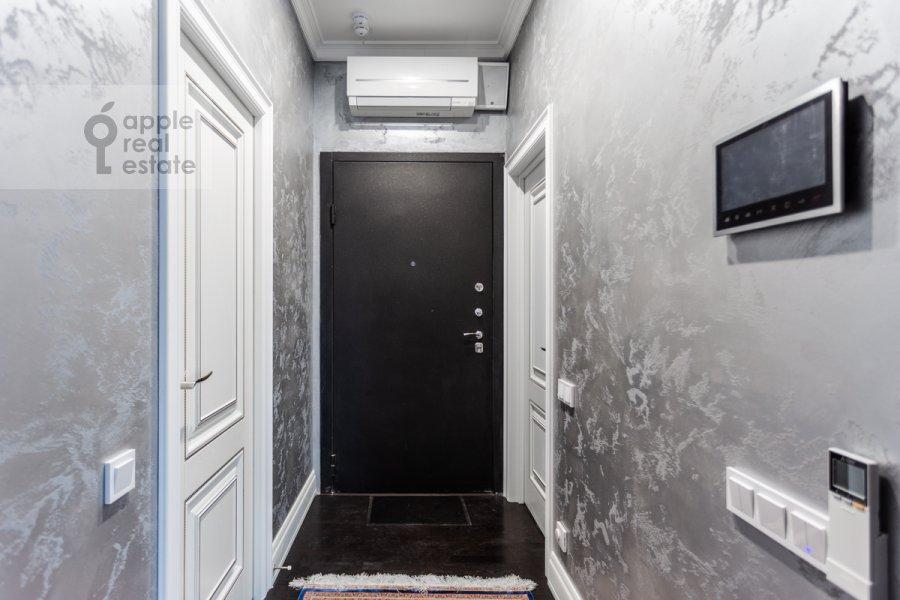 Коридор в 3-комнатной квартире по адресу Ходынская ул. 2