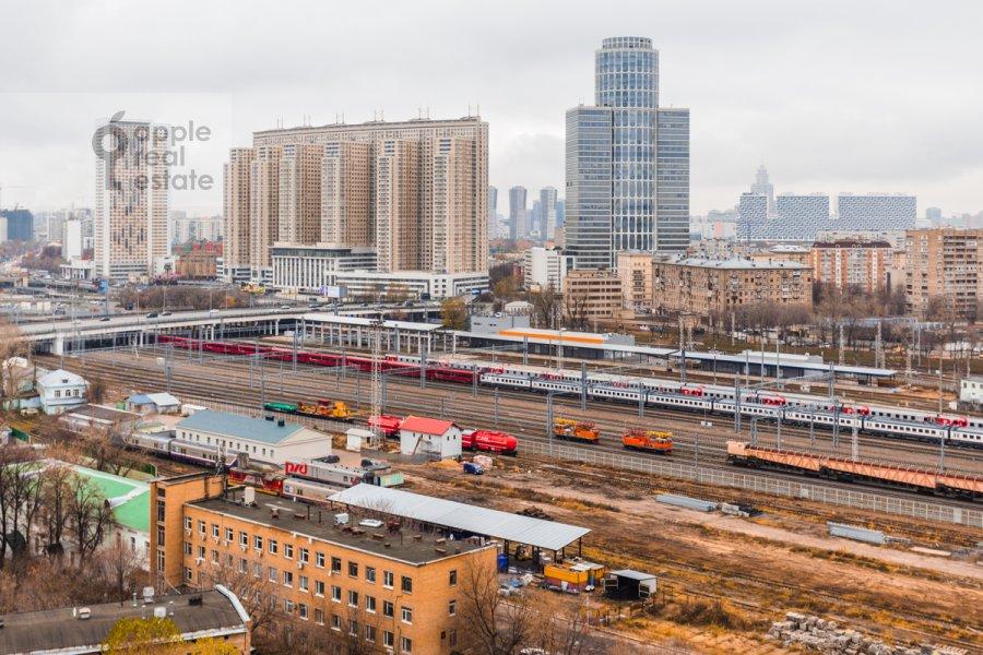 View from the window of the 3-room apartment at Khodynskaya ulitsa 2