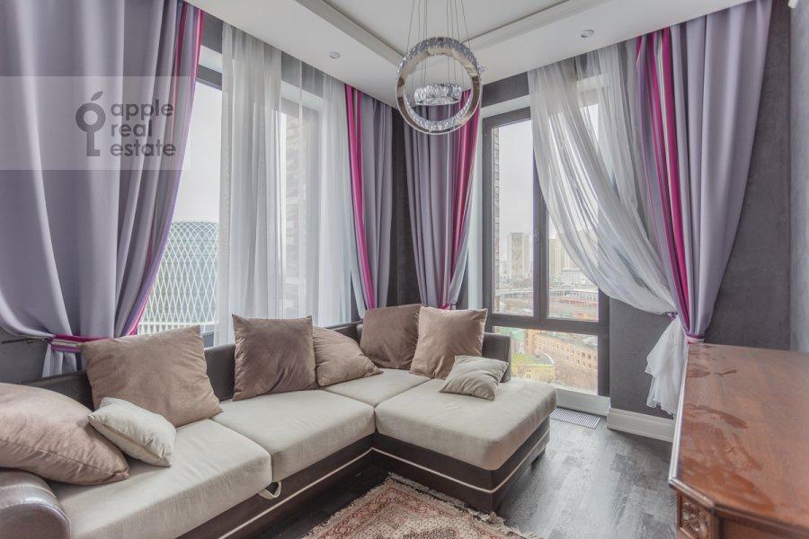 Children's room / Cabinet of the 3-room apartment at Khodynskaya ulitsa 2