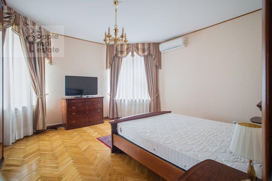 Спальня в 4-комнатной квартире по адресу 2-я Тверская-Ямская улица 54