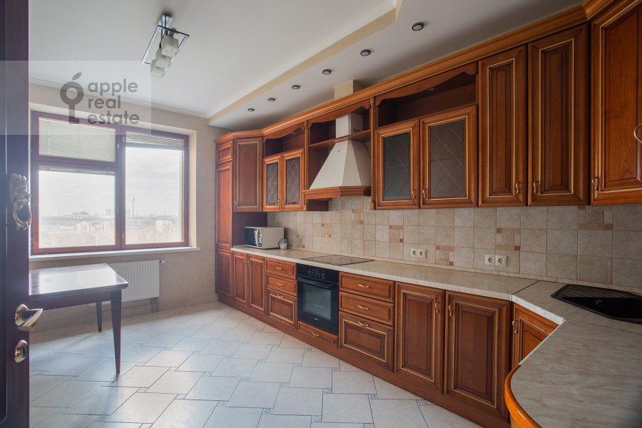 Кухня в 4-комнатной квартире по адресу Мичуринский проспект 6к1