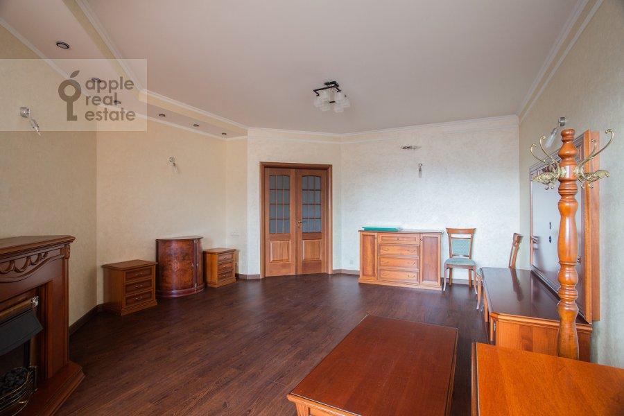Гостиная в 4-комнатной квартире по адресу Мичуринский проспект 6к1