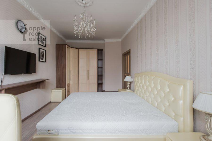 Bedroom of the 4-room apartment at Sharikopodshipnikovskaya ulitsa 2