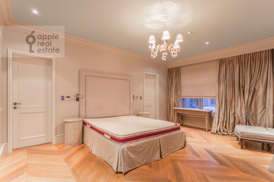 Спальня в 6-комнатной квартире по адресу Таманская улица 7к3