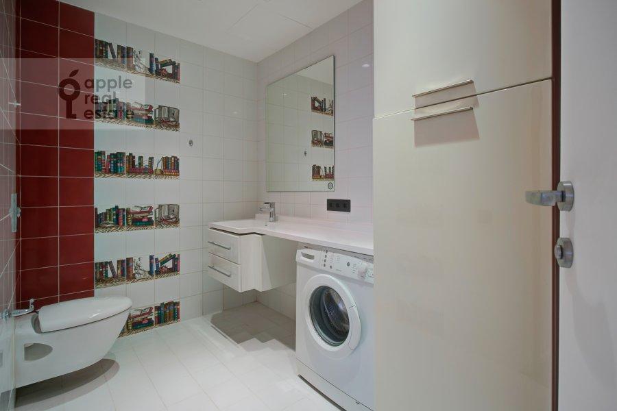 Санузел в 2-комнатной квартире по адресу Филипповский переулок 13c2