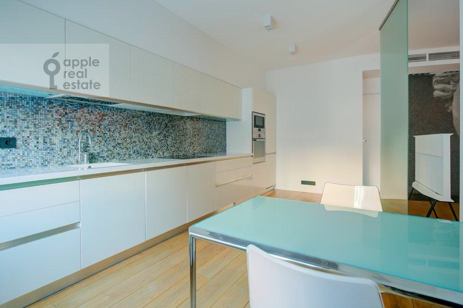 Кухня в 2-комнатной квартире по адресу Филипповский переулок 13c2
