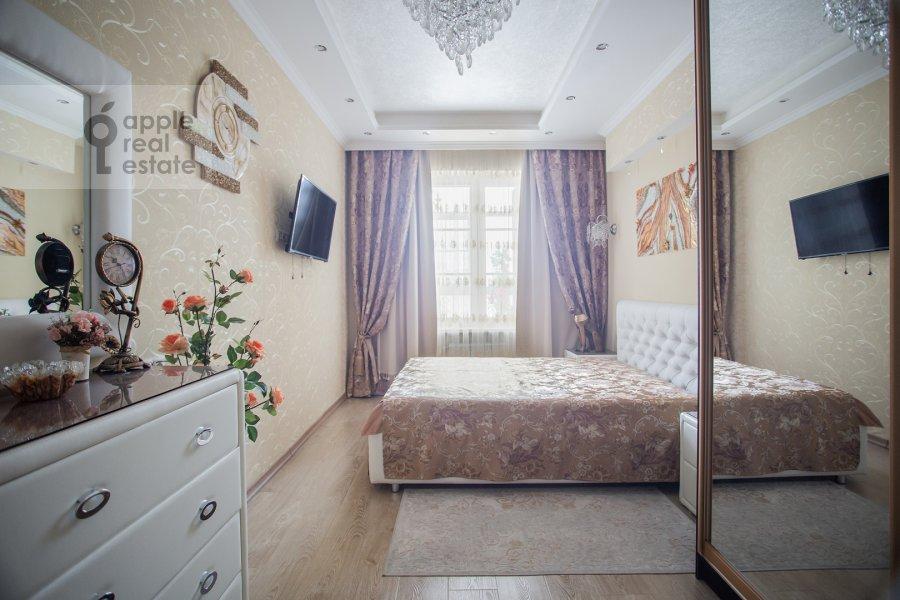 Bedroom of the 2-room apartment at Mytnaya ulitsa 7s1