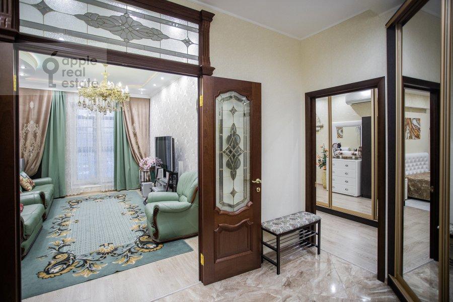 Corridor of the 2-room apartment at Mytnaya ulitsa 7s1