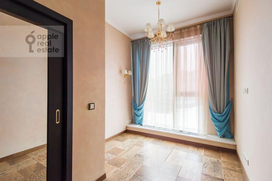 Children's room / Cabinet of the 4-room apartment at Bol'shaya Gruzinskaya ulitsa 69
