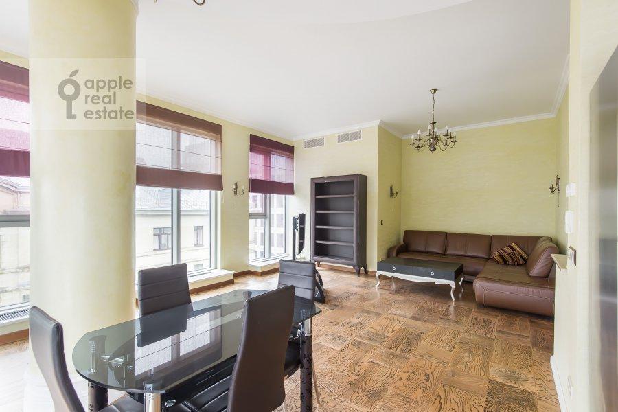 Living room of the 4-room apartment at Bol'shaya Gruzinskaya ulitsa 69