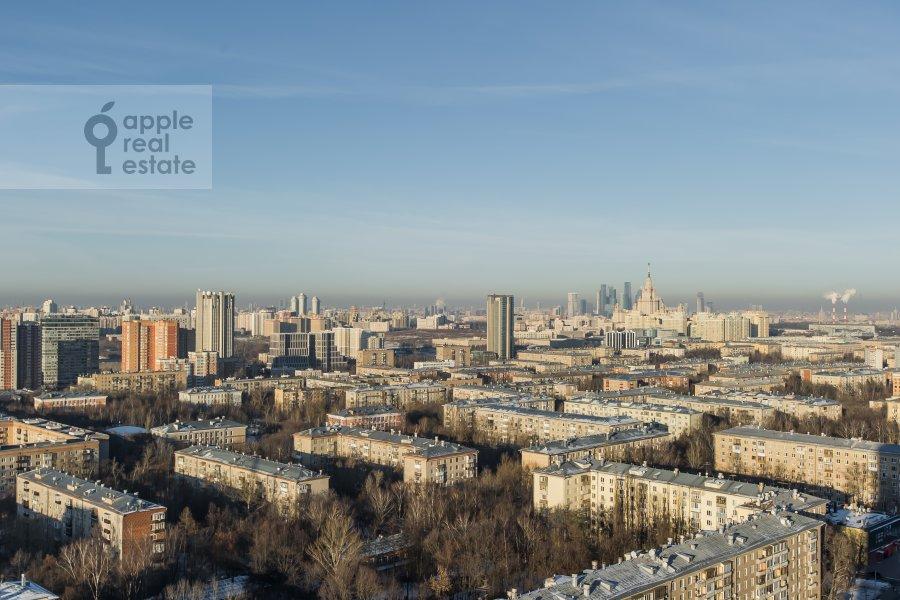 3-room apartment at Leninskiy prospekt 95B