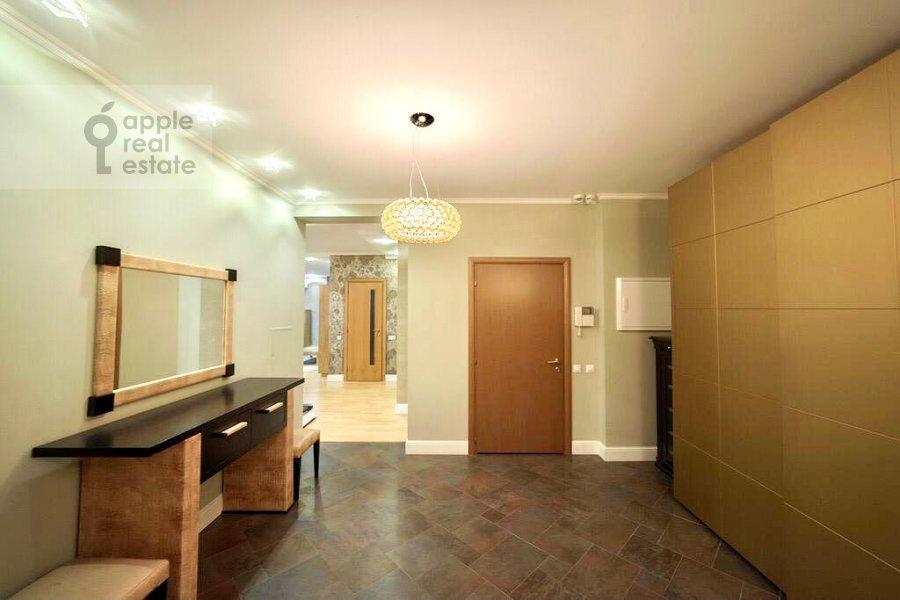 Коридор в 4-комнатной квартире по адресу Ленинский проспект 128К1