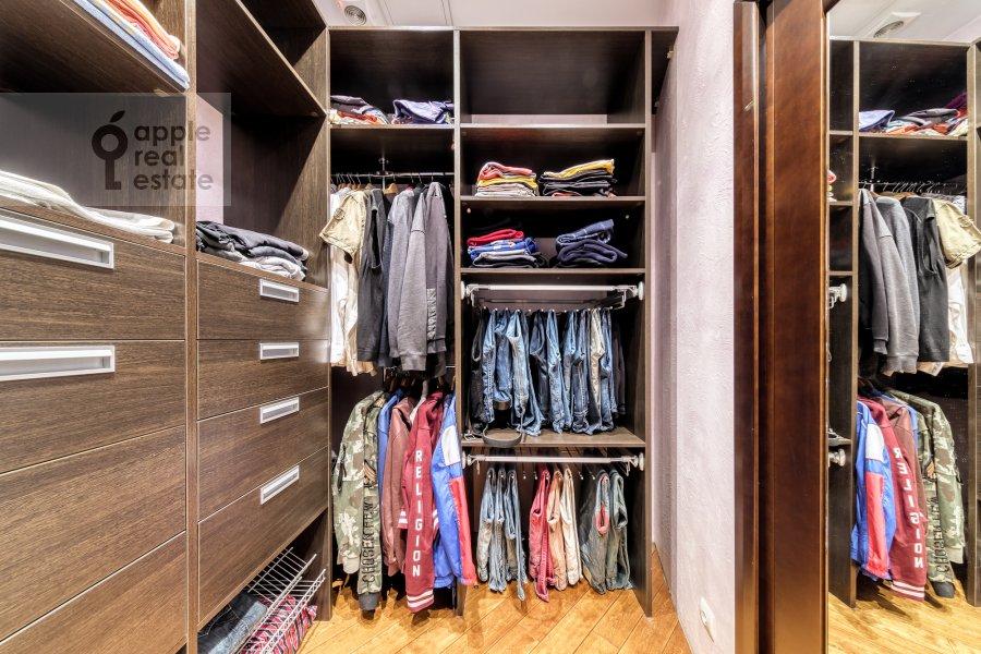 Walk-in closet / Laundry room / Storage room of the 5-room apartment at Voskresenskaya ulitsa 4/28A