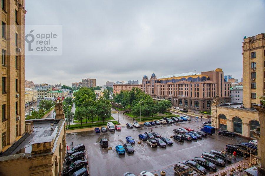 View from the window of the 2-room apartment at Kudrinskaya ploshiad' 1