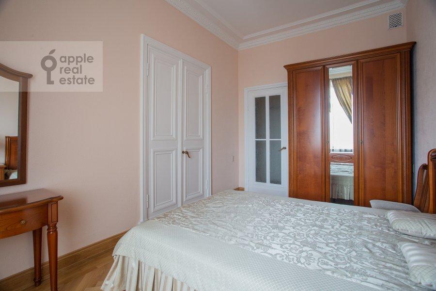 Bedroom of the 2-room apartment at Kudrinskaya ploshiad' 1