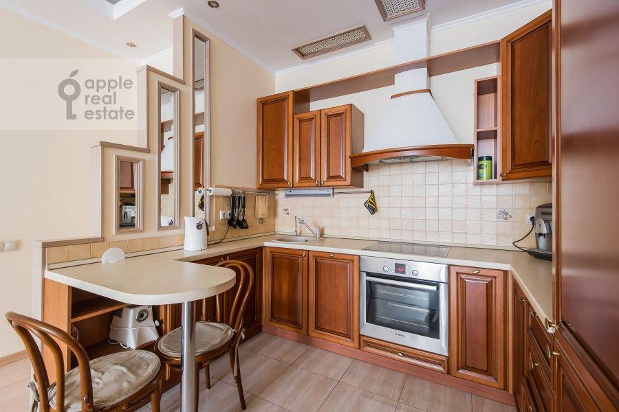 Kitchen of the 3-room apartment at ulitsa Marshala Biryuzova 31