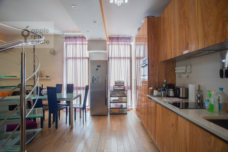 Кухня в 3-комнатной квартире по адресу Лялин переулок 19к1