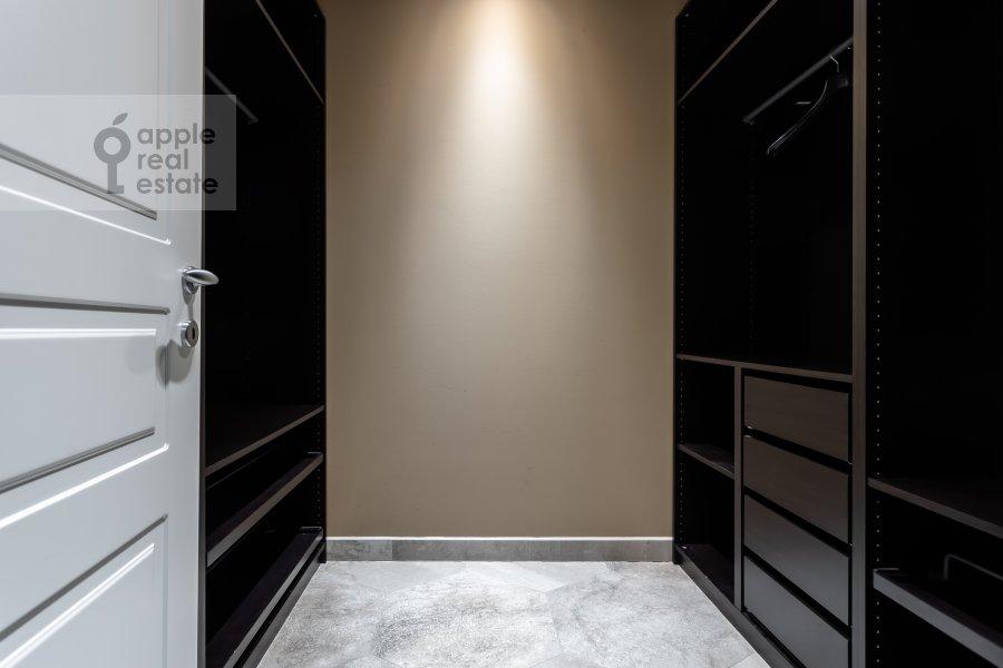 Walk-in closet / Laundry room / Storage room of the 4-room apartment at Beregovaya ulitsa 4K1