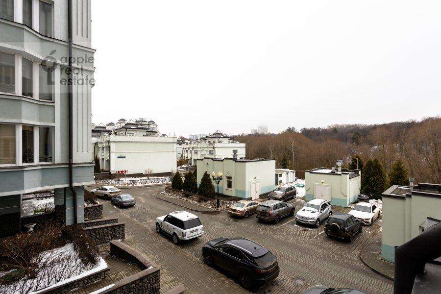 View from the window of the 4-room apartment at Beregovaya ulitsa 4K1