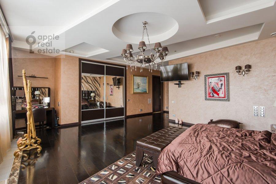 Bedroom of the 4-room apartment at Leningradskoe shosse 37k1