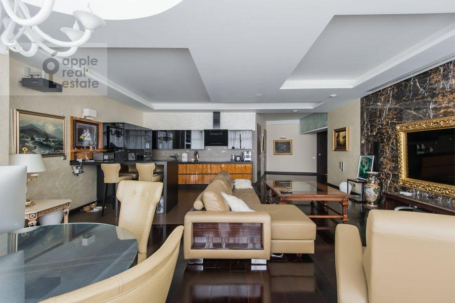 Living room of the 4-room apartment at Leningradskoe shosse 37k1