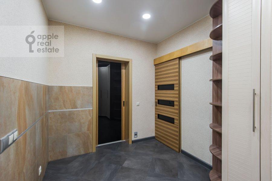 Corridor of the 3-room apartment at Sergiya Radonezhskogo 12k1